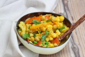 detox ayurvedico primavera thai curry coliflor y garbanzos